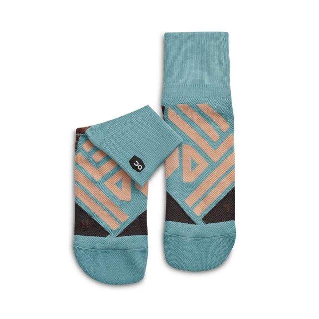 On Women's Mid Sock
